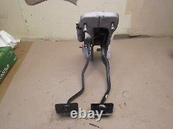 1964 1965 1966 Ford Mustang Brake & Clutch Pedal Assembly MOUNT BRACKET PEDALS