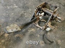 1994-1995 Mustang GT Cobra 5 Speed Pedal Assembly Clutch Box 5.0 3.8 Manual