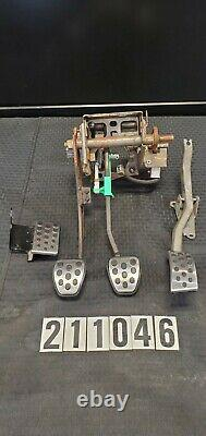 2001-2004 Ford Mustang Svt Cobra, Mach 1, Clutch Brake Pedal Box Set 211046