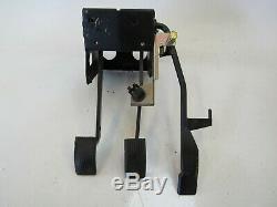 95 Lotus Esprit S4 pedal box assy, gas brake clutch