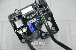 Aston Martin Vantage V Padal Brake Pedal Clutch Pedalgestell Pedal Support Box