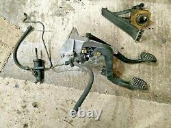 BMW 3 series E36 Z3 FOOT CONTROLS MANUAL TRANSMISSION CLUTCH PEDAL BOX ASSEMBLY