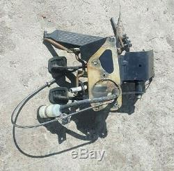 BMW e30 manual pedal box with clutch fluid bottle, bracket and hose