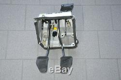 Ferrari 456 M GT Padal Bremspedal Kupplung Pedalgestell Pedal support Box Clutch