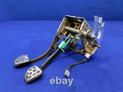 03 04 Ford Mustang Cobra Manuel Trans Pedal Box Clutch Assembly Good Used M99
