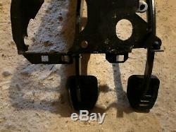 Bmw E34 E32 Pédale Boîte Avec Boulon Long Et Ressort De Rappel Du Frein D'embrayage Oem 525 530