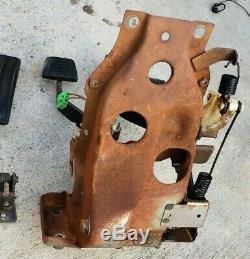 Datsun 280zx Set Pedale Complet Avec Pedale Manuel D'embrayage Box Mort Pedale S130z