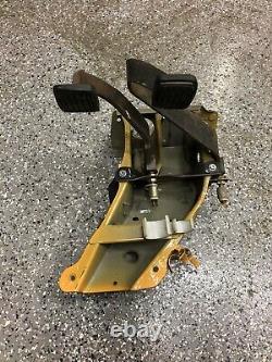 Datsun Nissan 720 Pickup Truck Manual Clutch Pedal Box Assembly